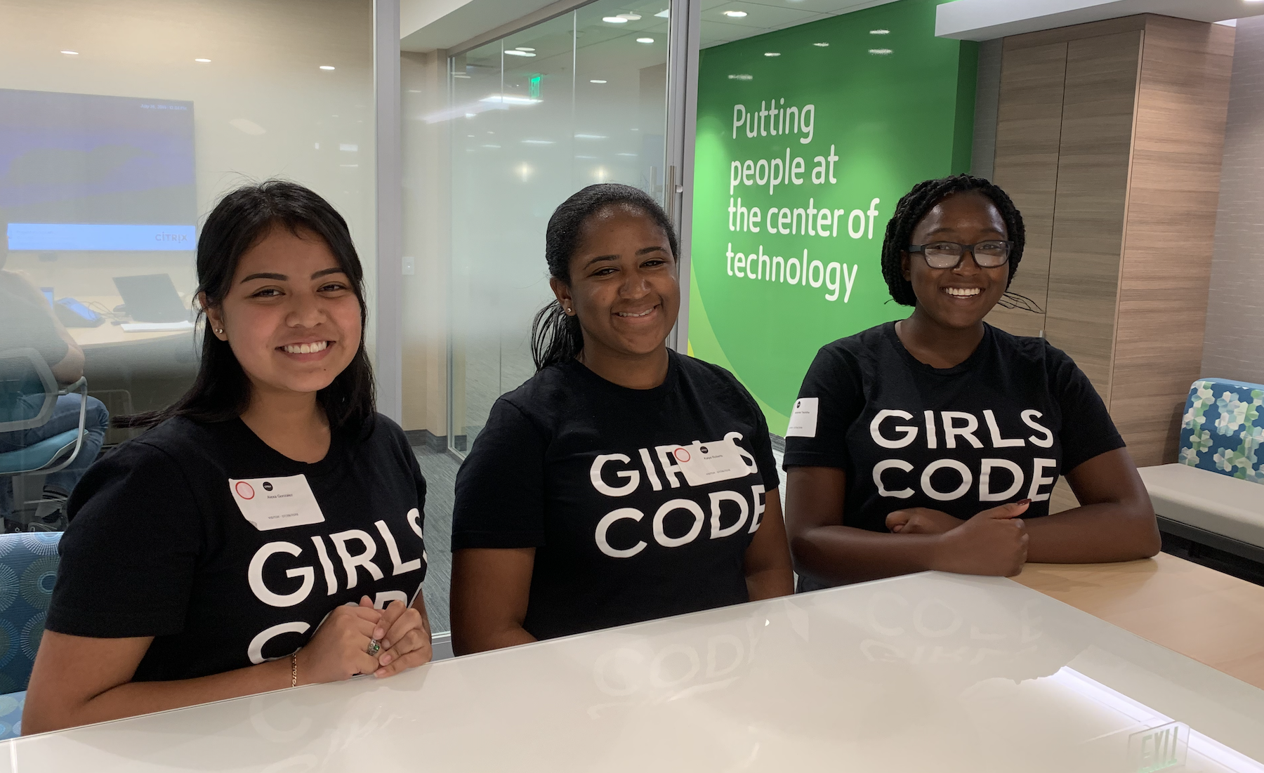3 Girls Who Code visit the Citrix HQ
