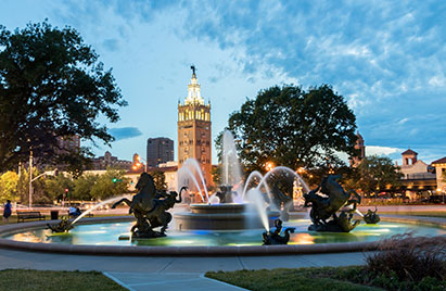 Fountain and view of Plaza in Kansas City, Missouri