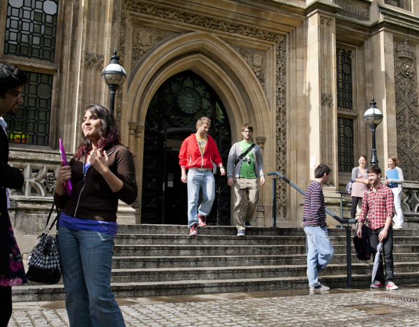people outside Maughan Library