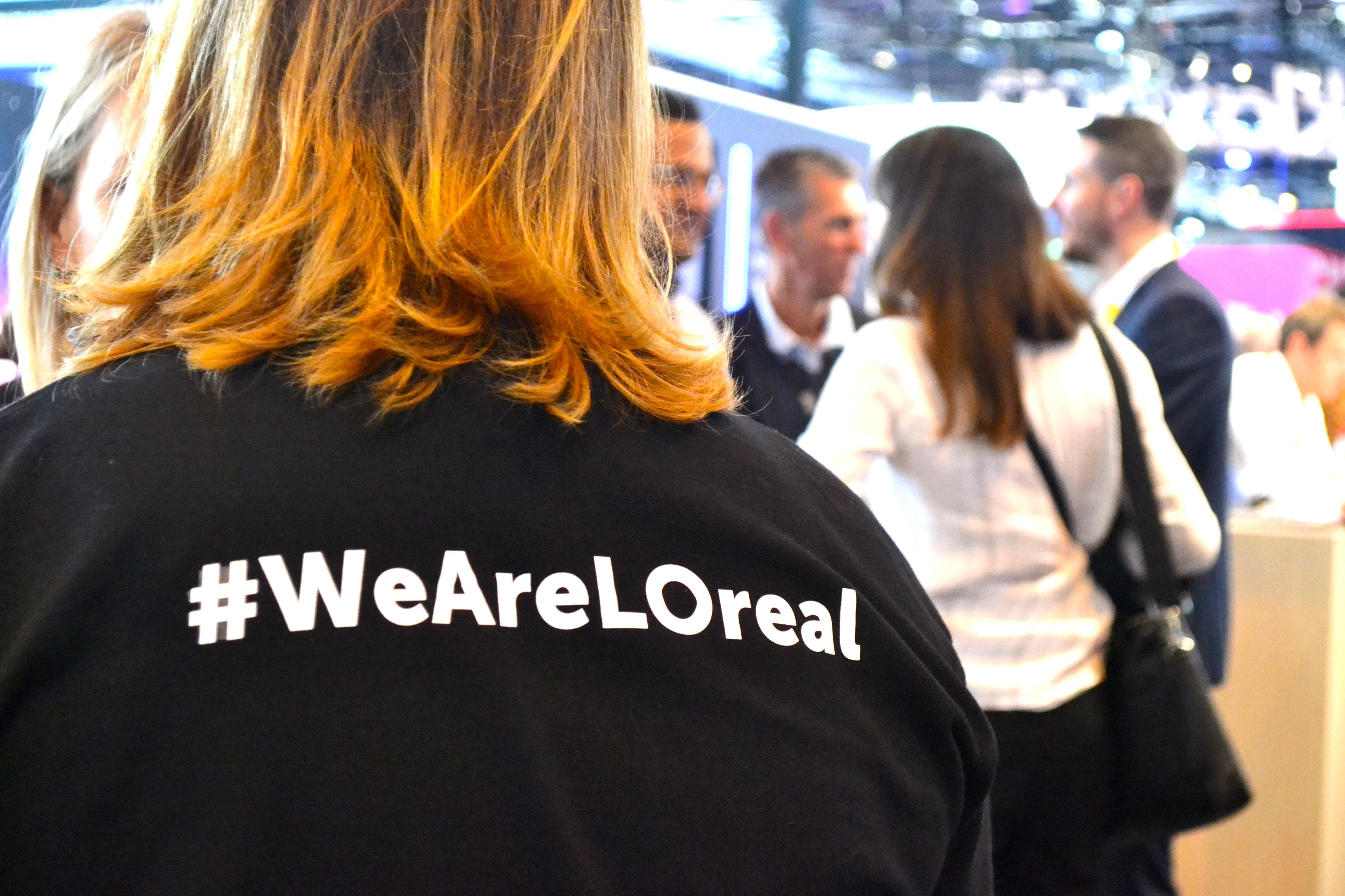 Woman with a Weareloreal tshirt