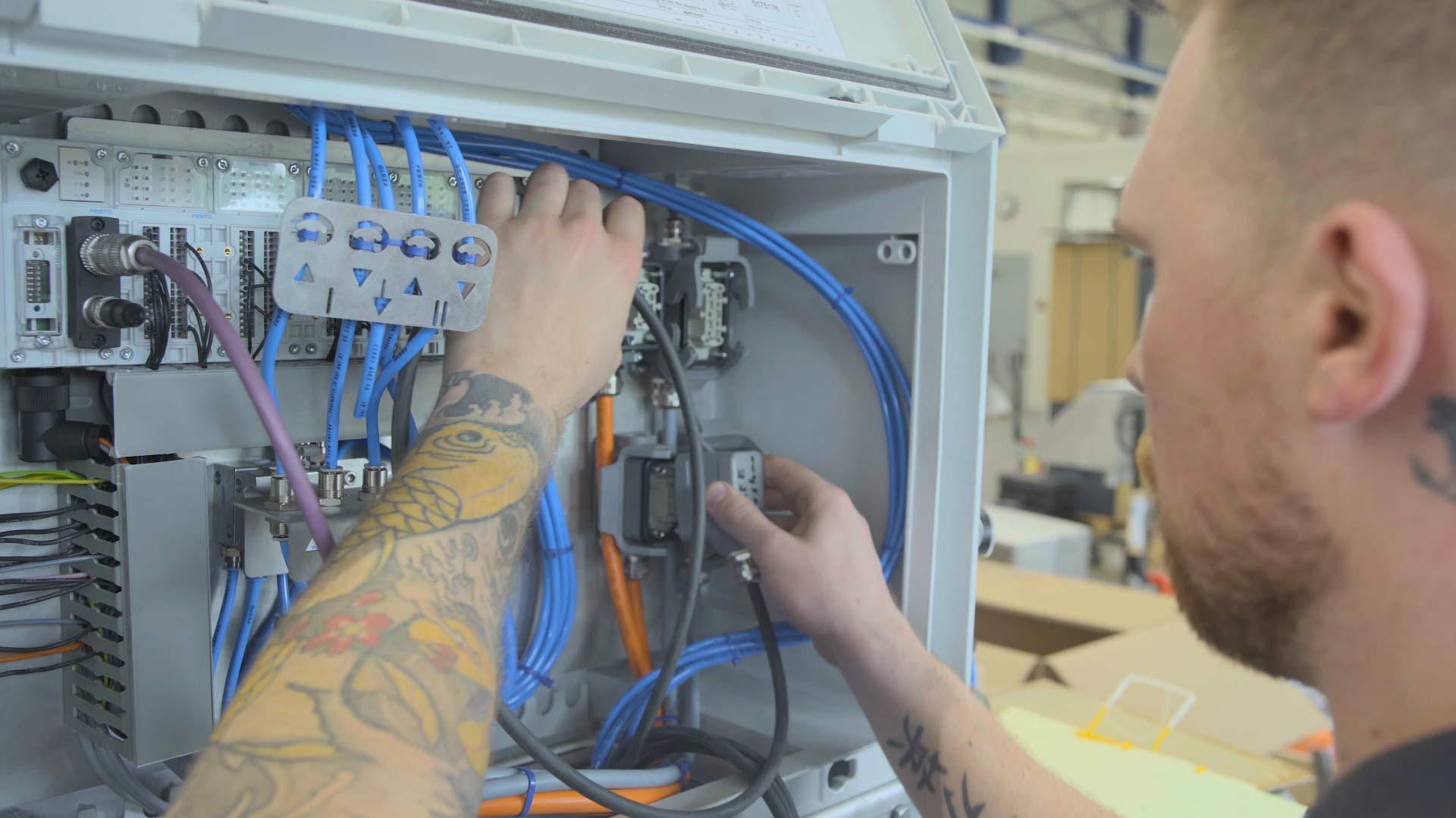 Field service engineer - High tech
